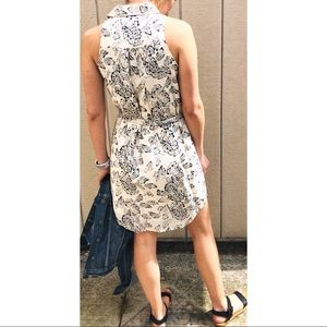 Banana Republic Dresses - Banana Republic- Floral Dress
